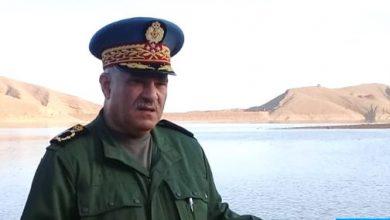 Photo of إسبانيا توشح الجنرال دو كور دارمي محمد حرامو قائد الدرك الملكي بوسام الصليب الأكبر للاستحقاق للحرس المدني