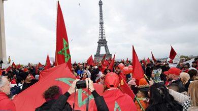 Photo of إهانة العلم الوطني: مغاربة أوروبا يتظاهرون بباريس تنديدا بالمس برمز من رموز الوطن