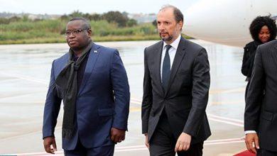 Photo of رئيس جمهورية سيراليون جوليوس مادا بيو يحل بالمغرب