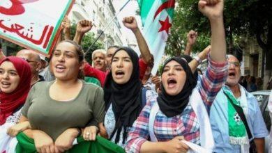 Photo of الجزائر: نحو ألفي طالب يتظاهرون تضامنا مع المعتقلين وضد الانتخابات