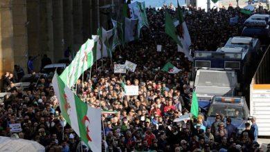 "Photo of الجزائر: لائحة من 14 نقطة تعبر عن ""مطالب الحراك"" للسلطة الحاكمة"