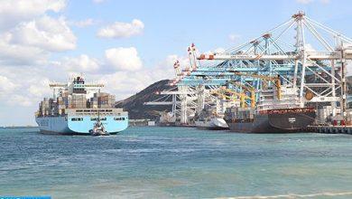 Photo of ميناء طنجة المتوسط: شركة (أ بي إم تيرمينالز) تتجاوز مليون حاوية معالجة في أقل من عام واحد
