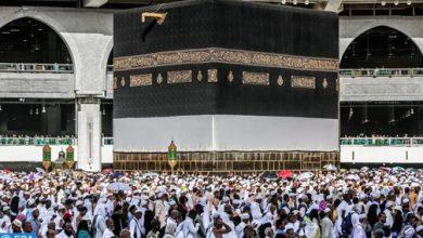 Photo of السعودية تعيد فتح الحرمين بعد انتهاء عمليات تعقيمهما