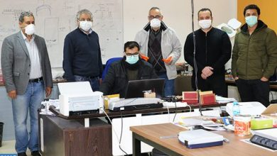 Photo of كوفيد -19: باحثون من جامعة محمد الأول يبتكرون أقنعة واقية اعتمادا على تقنية ثلاثية الأبعاد