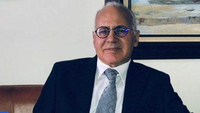 Photo of خبير فيروسي مغربي يجيب عن سؤال: هل يمكن أن ينتقل فيروس كورونا عن طريق الاتصال الجنسي؟