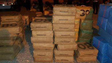 Photo of فيديو وصور: تفاصيل حجز 3 أطنان من مخدر الشيرا على متن شاحنة للنقل الطرقي للبضائع بكلميم