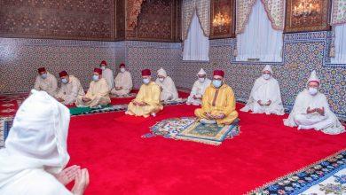 Photo of أمير المؤمنين يؤدي صلاة عيد الفطر المبارك