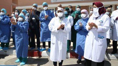 Photo of فيروس كورونا: تسجيل 163 حالة مؤكدة جديدة بالمغرب ترفع العدد الإجمالي إلى 5382 حالة (صورة بيانية)