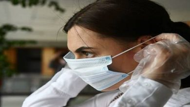 Photo of أخصائي أمراض الحساسية والمناعة: هناك تأثير إيحابي غير متوقع للكمامات