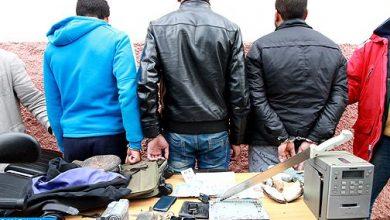Photo of الدار البيضاء: اعتقال 3 أشخاص لتورطهم في الاحتجاز والمطالبة بفدية في سياق تصفية حسابات بين محترفي الاجرام