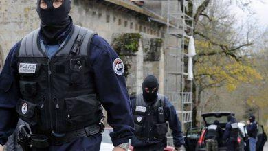 Photo of فرنسا: النيابة العامة لمكافحة الإرهاب تحقق في جريمة قطع رأس أستاذ تاريخ قرب باريس