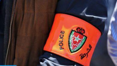 Photo of الدار البيضاء: شرطي يشهر مسدسه لتوقيف شخصين عرضا المواطنين لاعتداء خطير
