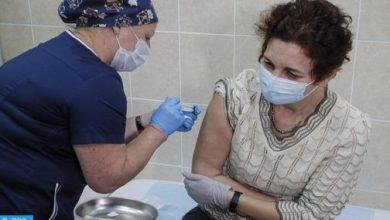 "Photo of خبراء يبطلون ""نظرية المؤامرة والتشكيك"" حول الحملة الوطنية للتلقيح المرتقبة بالمغرب"