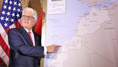 Photo of السفير الأمريكي بالمغرب يقدم خريطة المغرب الكاملة المعتمدة رسميا من قبل الحكومة الأمريكية