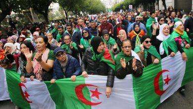 Photo of سياسيون: استمرار نفس النظام في الجزائرترتب عنه تقهقر الحقوق والحريات الديمقراطية
