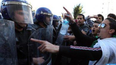 Photo of الجزائر: هيئة الدفاع عن معتقلي الحراك تندد باعتقال بعض أعضائها