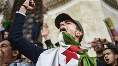 Photo of حراك الجزائر .. إيداع 24 متظاهرا رهن الاعتقال الاحتياطي