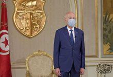 Photo of الرئيس التونسي يعلن أنه قائد أعلى للقوات العسكرية والمدنية ورئيس الحكومة يعتبر ذلك قراءة شاذة للدستور