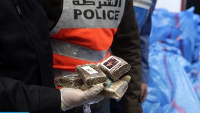 Photo of طنجة: حجز 695 كيلوغراما من مخدر الشيرا وتوقيف 7 أشخاص لارتباطهم بشبكة إجرامية دولية