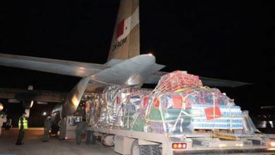 Photo of المساعدات الإنسانية لفائدة الفلسطينيين: مغادرة أول طائرة عسكرية القاعدة الجوية للقنيطرة في اتجاه عمان