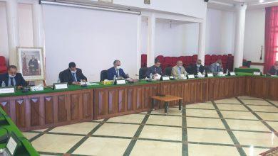 Photo of المجلس الإقليمي لخريبكة يستعرض وضعية الموسم الفلاحي 2020 / 2021 ويصادق على مجموعة من مشاريع الاتفاقيات
