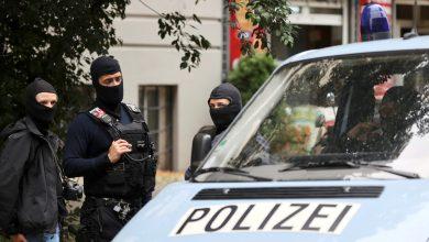 Photo of إصابة 4 أشخاص في حادث إطلاق نار غرب برلين والشرطة تبحث عن الفاعلين