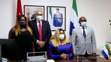 Photo of تنصيب السيدة زينب كاندي قنصلا عاما لجمهورية سيراليون بالداخلة