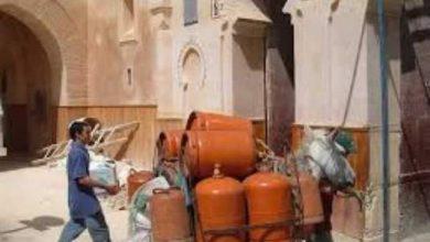 """Photo of الجزيرة وروترز تخبران المغاربة أن حكومتهم ستخفض دعم """"السلع المدعمة"""" بنسبة 20 في المائة"""