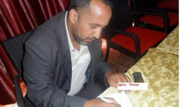 "Photo of شقيق مصطفى ولد سلمة لـ""أكورا"": فقدنا الثقة فيما يروج حول حقوق الانسان في العالم"