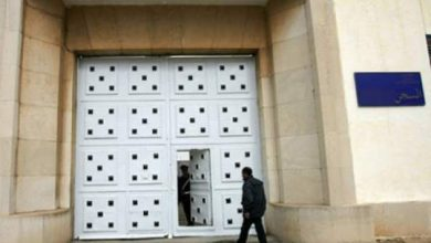 """Photo of """"ترمضينة سبيسيال"""": حراس سجن عكاشة بعين السبع يعتدون على زائر بسبب عبوة """"كاشير"""""""