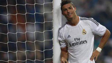 Photo of رونالدو يطلب حجز مكان له في مانشستر يونايتد صيف 2014 