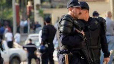 Photo of السلطات الجزائرية تعتقل 5 مغاربة…وهذه هي التهمة الموجهة لهم