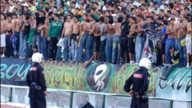Photo of محسوبون على جمهور الرجاء البيضاوي يهاجمون حافلات مشجعي الدفاع الجديدي