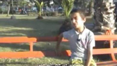 Photo of فيديو : الطفل المغربي الذي أصبح رجلا بسبب الهموم الملقات عليه ، مأثر جدا