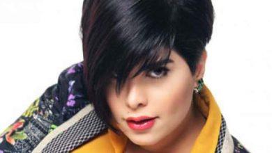 Photo of مغنية كويتية تتصدى لتجار الدين بأغنية: دين أبوكم اسمه إيه