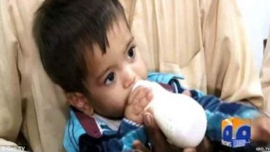 Photo of بالفيديو: طفل باكستاني عمره 9 أشهر متهم بالتآمر ضد قوات الشرطة