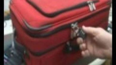 Photo of بالفيديو :  بهذه الطريقة تسرق أمتعة حقيبتك في المطار