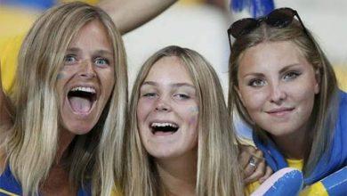 Photo of السويديات يخرجن في مظاهرة ويطالبن بزواج