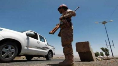 Photo of ضابط يمني يقتل شقيقه العضو في القاعدة قبل ان يقتله ابناء اخيه