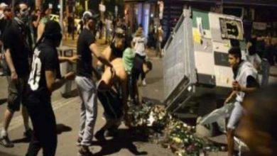 Photo of انتحار واعتقالات وحرق سيارات في احتفالات الجزائريين بتأهل منتخبهم