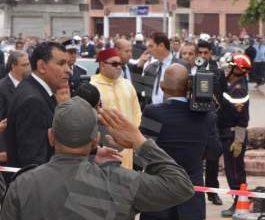 Photo of بالصور: الملك محمد السادس يزور موقع كارثة انهيار ثلاث عمارت في بوركون