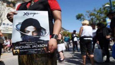 """Photo of مايكل جاكسون """"يعود"""" في فيديو كليب جديد"""