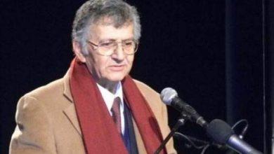 Photo of وفاة الشاعر الفلسطيني سميح القاسم