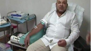Photo of فيديو: الملك محمد السادس يتبرع بالدم