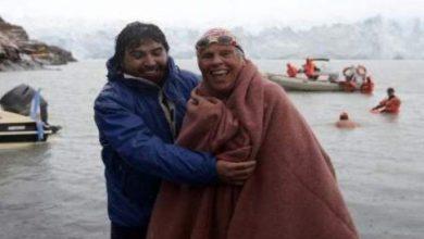 Photo of مسنون يتحدون الجليد ويسبحون في المياه القطبية