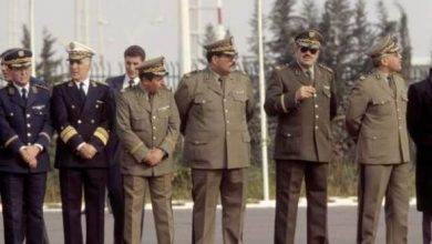 Photo of عزل قادة كبار في الجيش الجزائري: مراقبون يرون وجود خلافات داخل جبهة التحرير