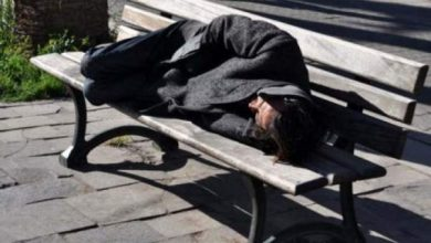 Photo of صفرو: العثور على مشرد متجمد بمحطة باب المقام