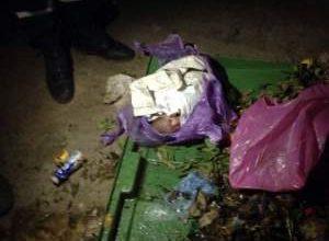 Photo of عمال نظافة يعثرون على رضيع حي بصندوق النفايات ببني ملال