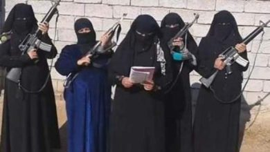 Photo of الناظور: فتاتان تسرقان مجوهرات والدتيهما وتهربان من منزليهما للالتحاق بتنظيم داعش