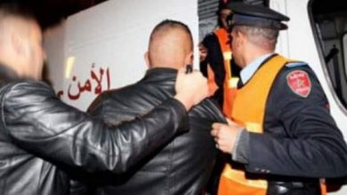 "Photo of اعتقال ""توكبير"" أشهر مروج للمخدرات رفقة شركائه بعد تمويههم بموكب جنائزي"